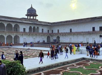 Agra Fort 10